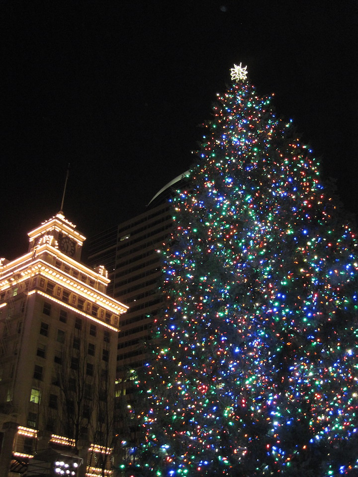2017 portland holiday events a week or a weekend